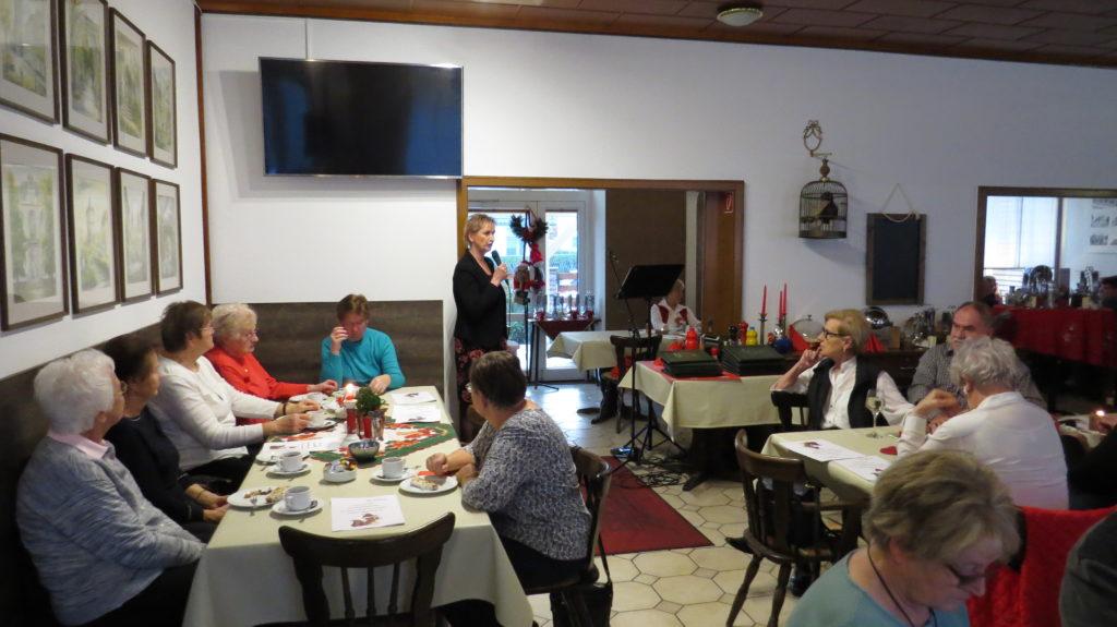WG Aufbau Merseburg Adventskaffeetrinken in Merseburg 14