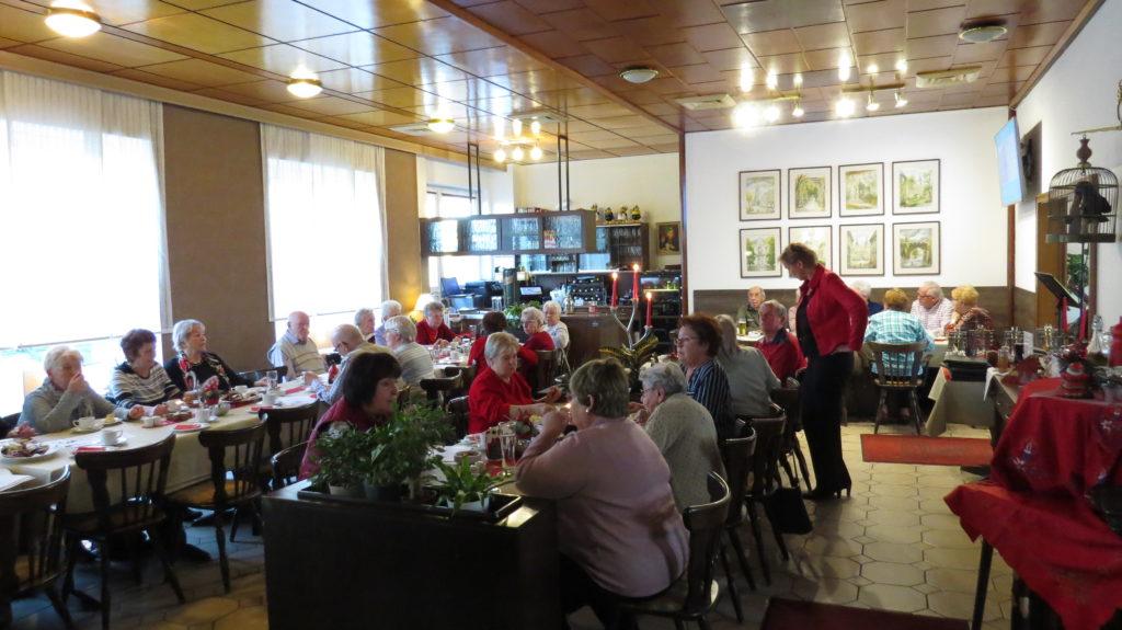 WG Aufbau Merseburg Adventskaffeetrinken in Merseburg 8